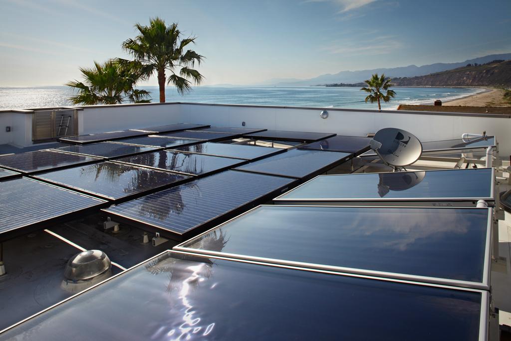 3_palms_16_Roof