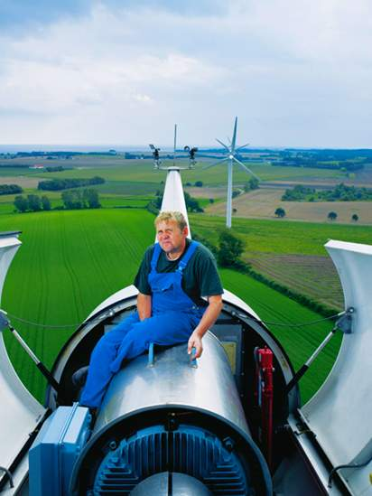 samso wind turbine worker