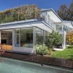Almost Transparent Net Zero House in Santa Monica in Intimate Connection with the Outdoors