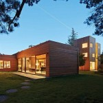 The Low/Rise House – a Flexible, Low-Impact Counter Proposal to the Suburban McMansion?